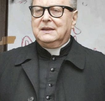 Il Vescovo Mons Raffaele Nogaro riceve Maestri del Lavoro