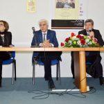 Gli studenti dell'ITC Gallo di Aversa salutano il questore di Caserta Giuseppe Gualtieri