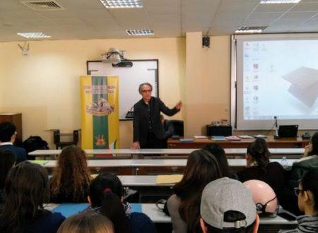 Alla Università della Campania, il nostro corso sul Giornalismo scientifico